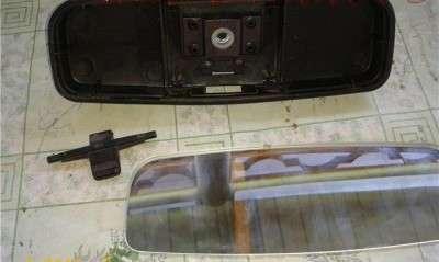 Совмещение парктроника с салонным зеркалом.