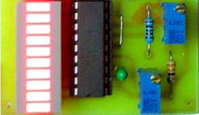 Индикатор напряжения аккумулятора автомобиля