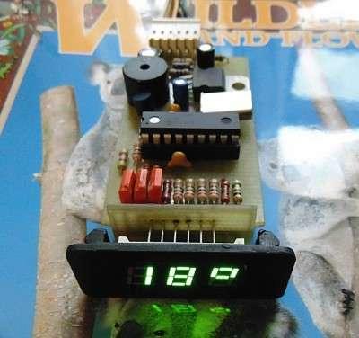 термометр для авто на микроконтроллере.
