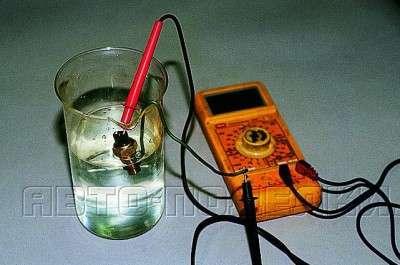 Как проверить датчик температуры охлаждающей жидкости?