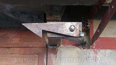 Фиксаторы для гаражных ворот своими руками