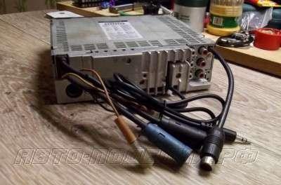 Делаем AUX по шине Ai-net на примере Alpine CDA 9883R
